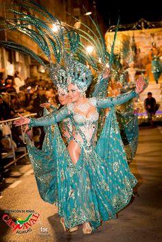 Carnaval de Águilas - Fiestas de interés Turístico Internacional Fashion, Fiestas, Fotografia, Moda, Fashion Styles, Fashion Illustrations, Fashion Models