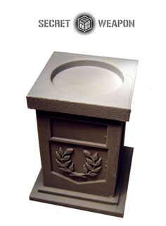 25mm Display Plinth - Laurels - Click Image to Close