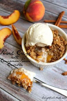 Peach Crisp with Cinnamon Pecan Crumble by DelightfulEMade.com