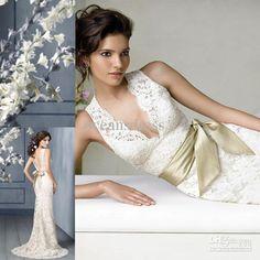 Lace Column V-Neck Court Train Open Back Wedding Dress