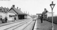 High Brooms Station (no date). Photo originally uploaded by Mick Andrews. Tunbridge Wells, Historical Society, Trains, Arch, Street View, Horses, London, World, Longbow