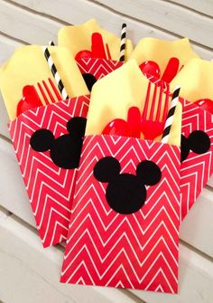 Utensil Bags (They were so simple to make. Purchased the treat bags used my Silhoette to cut out the Mickey logo! So cute so easy!!) (Great Party Idea) l Pink Cake Plate