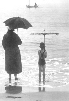 """""""Parasols"""" - Postcard from Finland. Vintage Photographs, Vintage Images, Tropical Beach Resorts, Umbrellas Parasols, Under My Umbrella, Singing In The Rain, Black And White Photography, Old Photos, In This Moment"""