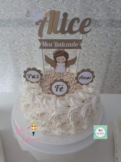 Topo para bolo Batizado dourado Buttercream Cake, Communion, Ladybug, Cake Toppers, Cake Decorating, Birthday Cake, Party, Kids, Maria Alice