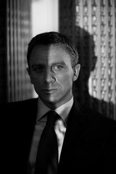 "Daniel Craig as James Bond in ""Casino Royale"", 2006 Rachel Weisz, Daniel Craig James Bond, Casino Royale, Daniel Graig, Best Bond, Actrices Hollywood, The Best Films, Skyfall, Raining Men"