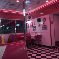 design, lights, and retro image Bar Retro, Retro Vintage, Red Aesthetic, Aesthetic Vintage, Diner Aesthetic, Photo Wall Collage, Picture Wall, Vaporwave, Riverdale Aesthetic