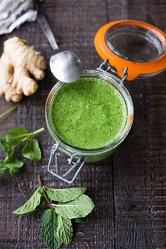 Simple, FLAVORFUL Cilantro Mint Chutney- a delicious accompaniment to Indian food- Somosas, Frankies, Dosa, Rice or Naan. Can be made in 5 minutes flat! | www.feastingathome.com