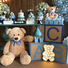 Diy unique baby shower ideas for boys 7 misc. baby shower ca Denim Baby Shower, Baby Shower Oso, Mesas Para Baby Shower, Teddy Bear Baby Shower, Shower Bebe, Baby Shower Favors, Boy Baby Shower Themes, Baby Shower Centerpieces, Baby Shower Cakes