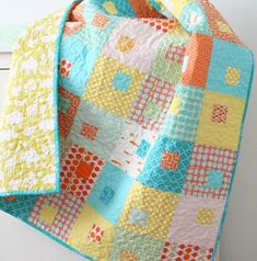 Juice Boxes...I think this might have to be the next baby quilt I make!.
