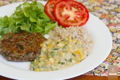 Creme de Milho, Arroz Integral, Hambúrguer de Lentilha e Salada