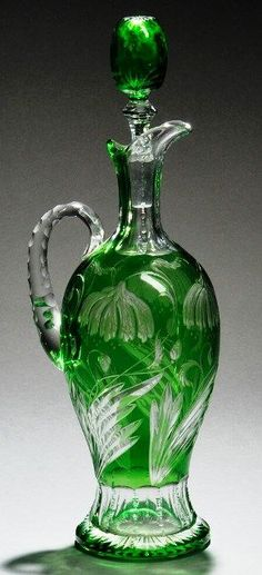 English Cut-to-Clear Decanter with floral décor by Stevens & Williams Crystal Decanter, Crystal Glassware, Carafe, Cut Glass, Glass Art, Glass Bottles, Perfume Bottles, Steven Williams, Antique Glassware
