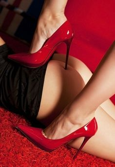 He tried to surprise her in her boudoir room, but she, although wearing her red stilettos, was still faster.