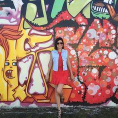 #semprecoleteria♡ #coleteria #jeans #colete #vest #wynwoodwalls #arte www.coleteria.com.br