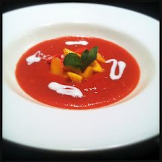 Fresh, sweet soup from strawberry and mango