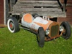 Resultado de imagem para homemade train oil barrel Soap Box Derby Cars, Soap Box Cars, Velo Design, Diy Go Kart, Kids Ride On, Karting, Pedal Cars, Welding Projects, Woodworking Projects