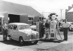 Gas Station Attendant, Austin Cars, Oil Service, Australian Continent, Automobile, Old Gas Stations, Gas Pumps, A30, Commercial Vehicle