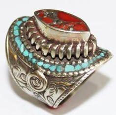 AF-0004 - Grosse Bague Ethnique Afghane et Médiévale Corail, Turquoise, T 57 - 65 carats