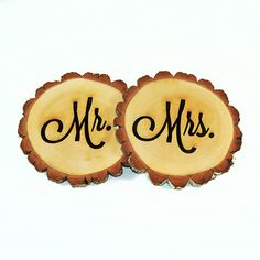 Personalized Tree slices 'Mr. & Mrs.' signs by RoxyHeartVintage