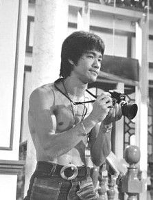 Bruce Lee - Data y Fotos Bruce Lee Art, Bruce Lee Martial Arts, Bruce Lee Quotes, Ben Bruce, Bob Marley, Eminem, Steven Seagal, Chuck Norris, Kung Fu