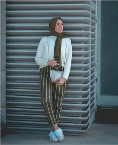 striped pants in olive-Modest and colorful hijab outfits – Just Trendy Girls