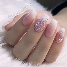 Daily Charm: Over 50 Designs for Perfect Pink NailsGentle Ombre Nails nails ★ Who doesn't love pink nails? We have picked some nail designs in pink shades that look simply adorable. Stylish Nails, Trendy Nails, Cute Nails, Best Acrylic Nails, Acrylic Nail Designs, Almond Acrylic Nails, Pink Nails, My Nails, Gold Glitter Nails