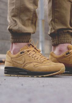 Nike Air Max 1 Premium QS 'Flax' by exclucity -Chubster favourite ! - shoes for men - chaussures pour homme - Nike Shoes Cheap, Nike Free Shoes, Nike Shoes Outlet, Running Shoes Nike, Cheap Nike, Nike Air Max Premium, Tenis Nike Casual, Zapatillas Casual, Me Too Shoes