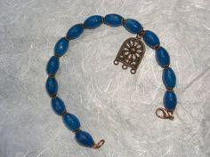 Bracciale in agata azzurra e charm in rame, by The Magic Daisy, 8,50 € su misshobby.com