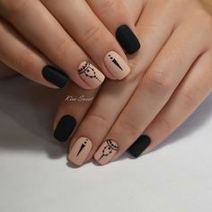 unghie nere e rosa smalto opaco Tribal Nail Designs, Tribal Nails, Fall Nail Designs, Black Manicure, Matte Black Nails, Pointed Nails, Stiletto Nails, Cute Nails For Fall, Nail Effects