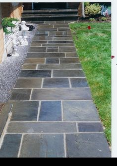 Bring Contrast Into Your Home with DIY Raised Garden Design Ideas Gardening is a fantastic and worthwhile hobby as it provides you not only with a creative Slate Walkway, Front Yard Walkway, Outdoor Walkway, Brick Walkway, Front Yard Landscaping, Landscaping Ideas, Front Path, Shade Landscaping, Walkway Ideas