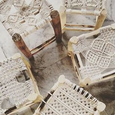 Some really fun macrame reposted from @lespetitsbohemes ! Love these so much!! Such inspiring work! #modernmacrame