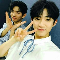 Hyeongseop and Euiwoong special MC @ SBS MTV The Show Summer Special  #YHBoys101_Hyeongseop #YHBoys101_Euiwoong