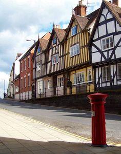Warwick High Street A picture of: Warwick, Warwickshire