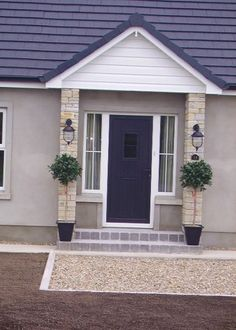 Ideas Exterior Front Door Colors Brick Steps For 2019 Brown Front Doors, Front Door Steps, Porch Steps, Brick Porch, House Front Porch, Front Porch Design, Porch Oak, Porch Doors, Exterior Front Doors