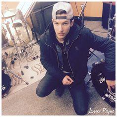 Picked up a real rocker at Hard Rock Cafè Boston!  #James #Payne #drummer #247drumsendorser #247drums #Winchester @hardrockboston #HardRockBoston #Boston #NewEngland #Massachusetts #Sergio #Bellotti @zildjiancompany @remopercussion @vicfirth