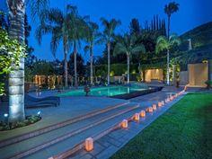 1141 Summit Dr, Beverly Hills, CA 90210