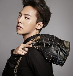 G dragon x estina Seungri, Gd Bigbang, Bigbang G Dragon, G Dragon Fashion, Shadow Face, G Dragon Top, Swag, Glamour Photo, Ji Yong