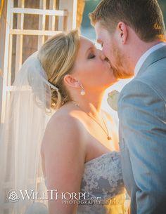 Wedding photography, Beach Wedding, Bride and groom kissing on the beach at sunset - WillThorpe.com