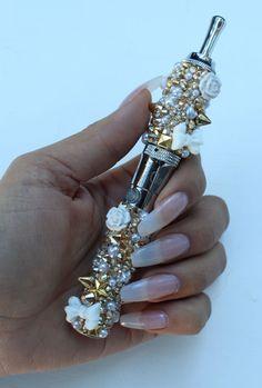 The Crystal Cult- Swarovski crystal vaporizer - South Beach… #vapestagram #verdampfer #vapehard #limelightmechanic #vaping #dampf #vaper #vapefam #vapershouts #dampfporn