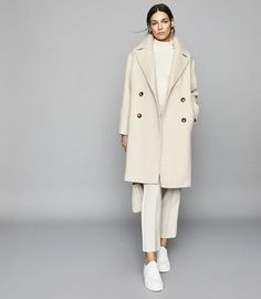 coat and dress outfit Mode Outfits, Trendy Outfits, Fall Outfits, Fashion Outfits, Casual Winter Outfits, Fashion Dolls, Fashion Tips, Distressed Denim Jacket Mens, Look Fashion