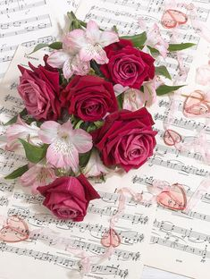 Beautiful Flowers Wallpapers, Beautiful Rose Flowers, Flower Phone Wallpaper, Flower Wallpaper, Book Flowers, Valentines Day Greetings, Flower Backgrounds, My Flower, Pink Roses