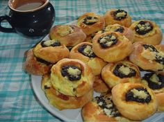 Czech Recipes, Russian Recipes, No Bake Cake, Sweet Recipes, Muffin, Food And Drink, Sweets, Baking, Breakfast
