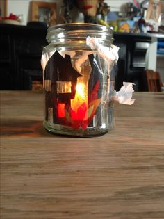Great fire of London activity Candle Jars, Candle Holders, Candles, London Activities, People Who Help Us, Great Fire Of London, Mission Accomplished, School Projects, Display Ideas