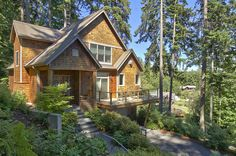artist 39 s home on maine coast in deer isle from 95 per night
