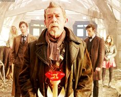 I love that behind the War Doctor you have 10 and 11. Beside 10 you have Rose, the Bad Wolf, and the person that meant the most to him and that he absolutely loved. Then, next to 11, is Clara, the impossible Girl, and the one who has been holding him together since he lost everything and took himself into solitude for so long after the Ponds. I feel like that is such a beautiful thing.