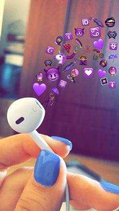 Emoji Wallpaper Iphone, Cute Emoji Wallpaper, Sad Wallpaper, Cute Wallpaper Backgrounds, Tumblr Wallpaper, Pretty Wallpapers, Aesthetic Iphone Wallpaper, Wallpaper Samsung, Emoji Photo