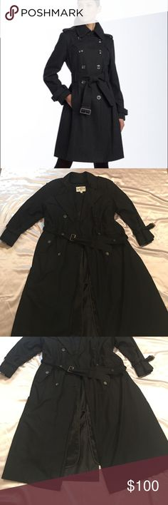 London Fog Black Trenchcoat w/ Removable Lining This trench coat is awesome! It comes with removable lining. Double breasted buttons. Only issue is permanent marker writing on the inside tag and the button shown in last picture which has a tear in it, the button is hidden in bottom of coat, (reason why the price has been marked down) other than that it appears that there is no other wear/tear issues. This coat is PERFECT for those of you who live in chillier climates and since you can remove…