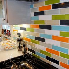 Adding value to your home doesn't always require a complete remodel. Get started on some easy weekend projects that add to home value. Kitchen Colors, Kitchen Backsplash, Backsplash Ideas, Kitchen Decor, Funky Kitchen, Tile Ideas, Kitchen Flooring, Kitchen Stuff, Diy Kitchen