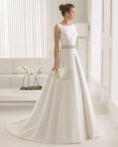 Wedding on a Budget - DIY Wedding Dress