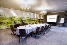 The Oakville Suite in Berkshire is a delightful bright and airy room perfect for a conference or meeting in #Berkshire.