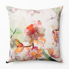 Inred med textil - Köp online på åhlens.se! Throw Pillows, Bed, Inspiration, Biblical Inspiration, Toss Pillows, Cushions, Stream Bed, Decorative Pillows, Beds